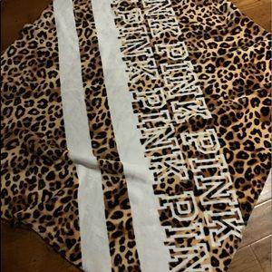 Pink chettah blanket very cozy